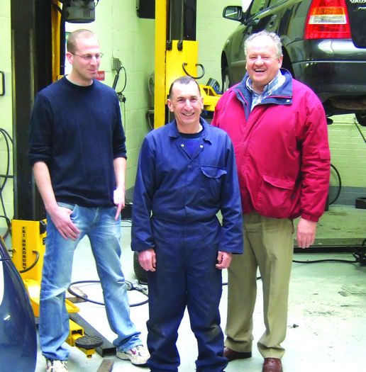 Elsinores happy team, (L-R): Michael Goodwin, Steve Homewood & Maurice Goodwin