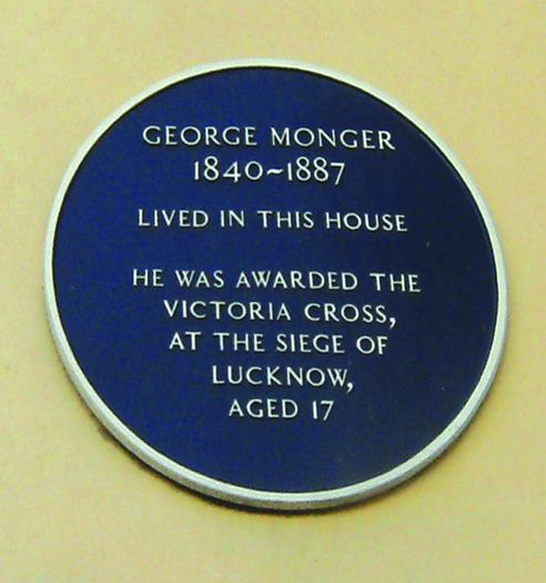 How many busy residents of Bohemia, rushing along Tower Road, have missed the blue plaque [left] outside number 25? Royal Welsh Fusilier George Monger