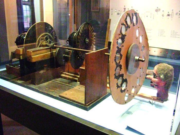 Museum Logie Baird Apparatus