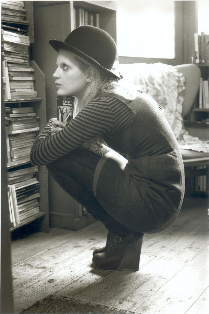 Model browsing at Bookmans Halt.