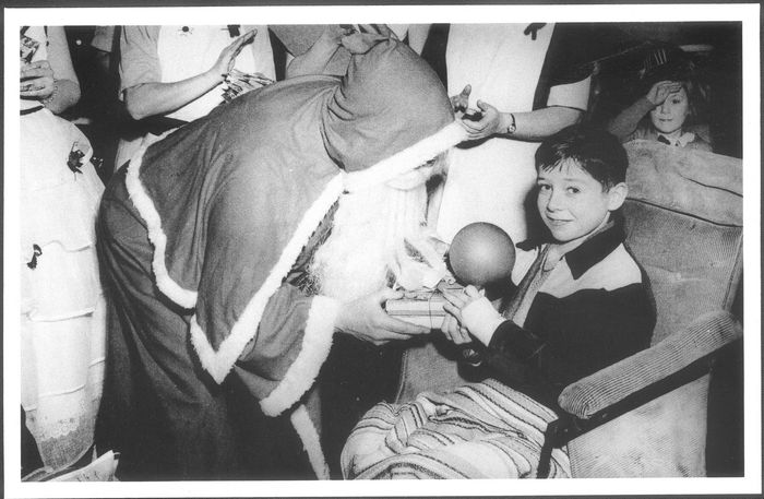 Ken aged 9, recovering from osteomyelitis in the Buchanan Hospital.