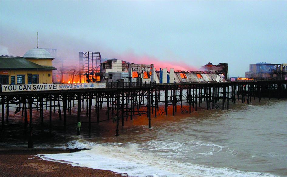 Hastings Pier on fire, 2010