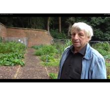Bohemia Walled Garden Loo