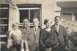 At Park View about 1943. L-R: Arthur holding nephew Derek, grandfather Alfred, grandmother Flora, brother Bill (Derek's Father). Photo by Derek's mother Peggy.